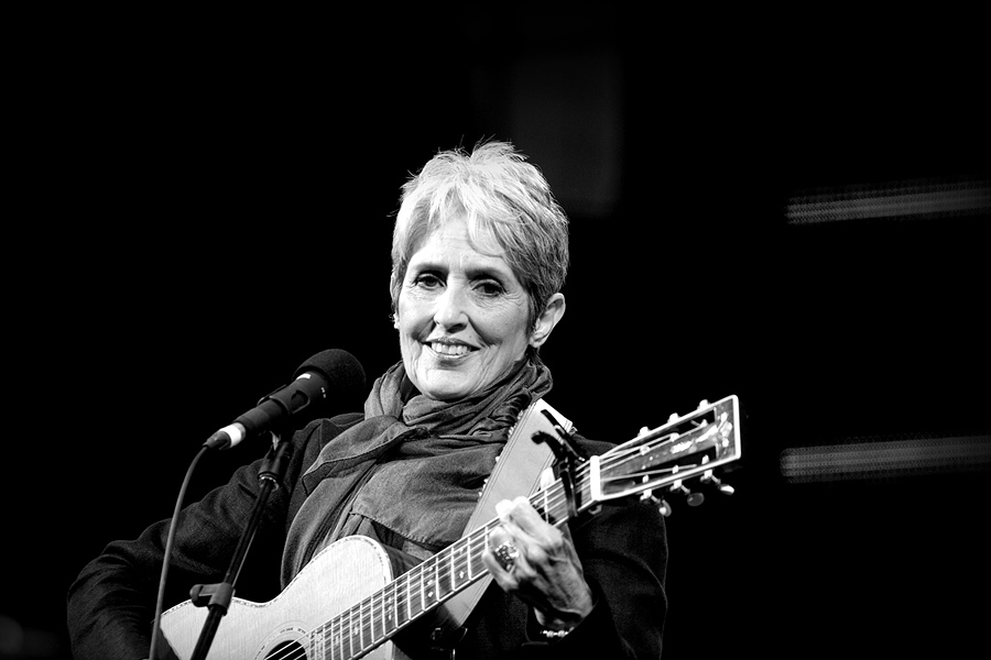Joan Baez by streetlevel