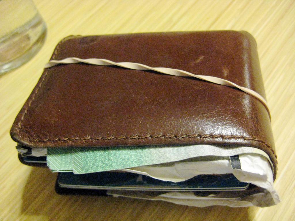 Wallet by Dean Shareski.