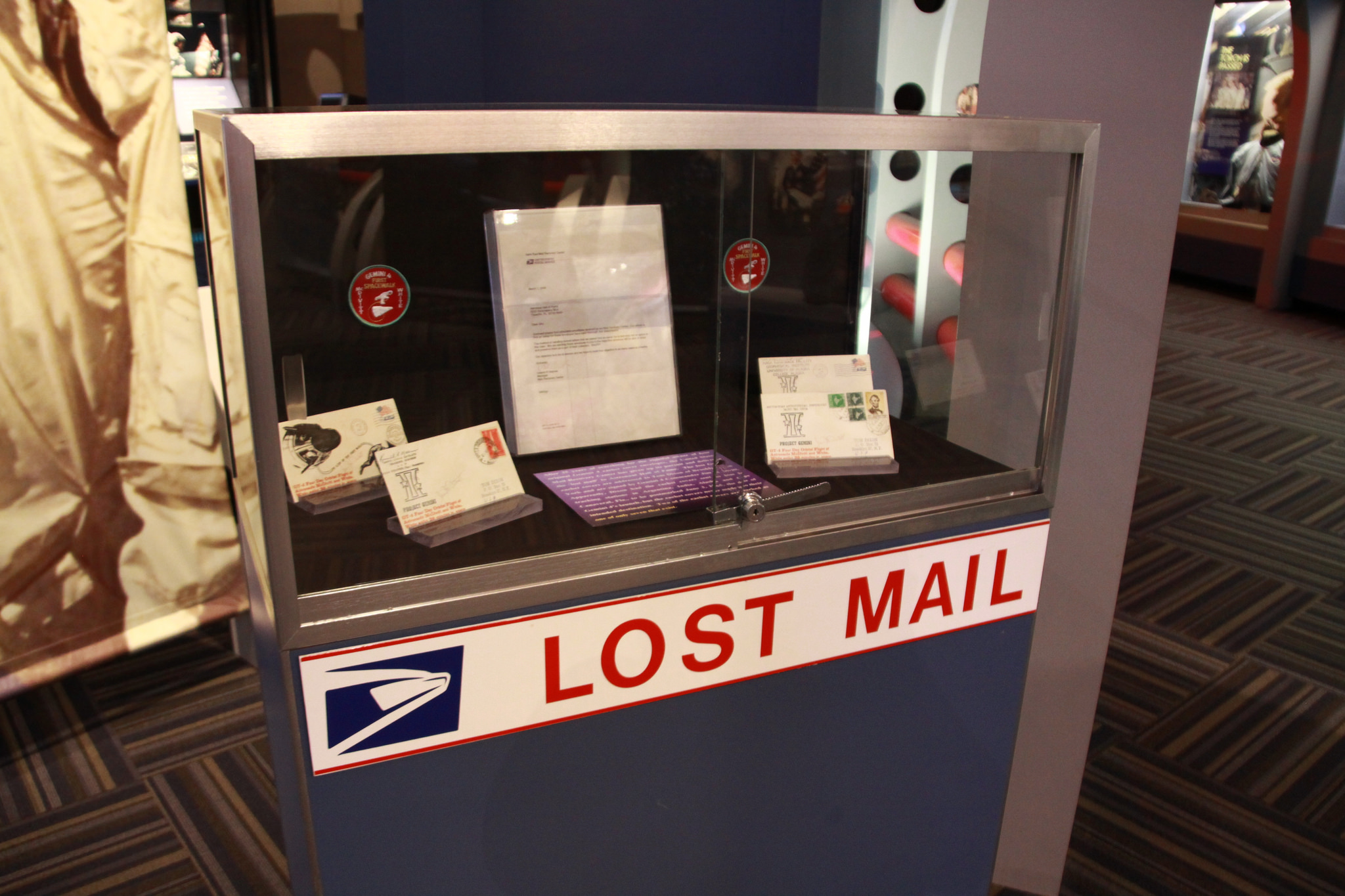 Lost Mail by Caylin.